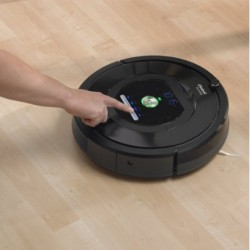 Amazon | iRobot Roomba 770 Vacuum Cleaning Robot for Pets and Allergies