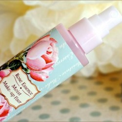 Skinfood | Rose Essence Moist Makeup Fixer for $12