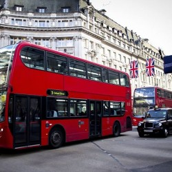 Fly to London fr $1091 (all-in) @ ZUJI