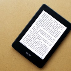 Lazada: Amazon Kindle Paperwhite with Free 8000 Ebooks and Screen Protector