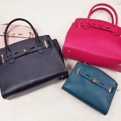 Samantha Thavasa: SPECIAL BUY bags @ 50%OFF
