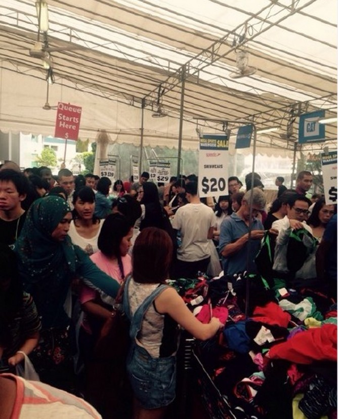 4b42ff1374 Royal Sporting House  Lifestyle Branded Warehouse Sale with Up to 80 ...