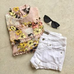 [GUESS Singapore] The Alexa Ruffle Smocked Blouse can be both dressed up and down. Pair it with sneakers for a casual day