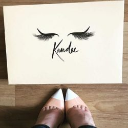 [Kandee] Become a #KandeeGirl today www.kandeeshoes.com ...What better way than a SALE!!!! 👀🙌🏻