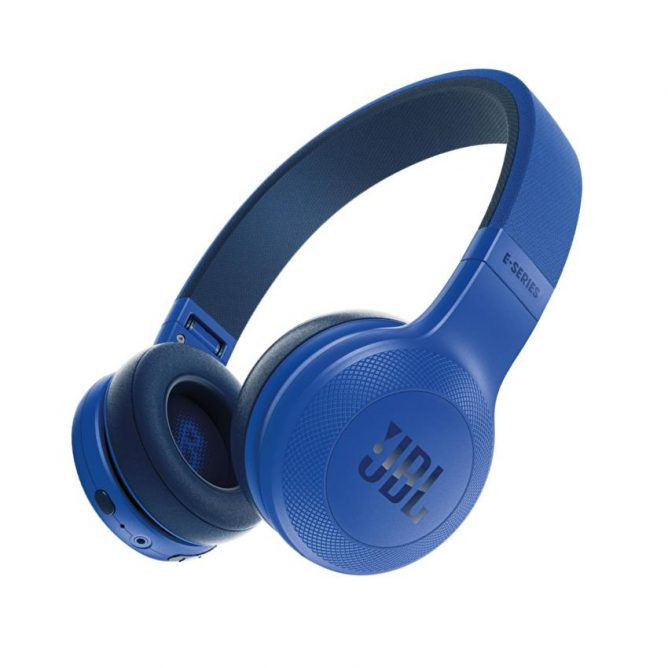 jbl-e454bt-wireless-on-ear-headphones-blue-7488-37033701-a6b5912b0852bdf99807762b0ecd6b5e-zoom
