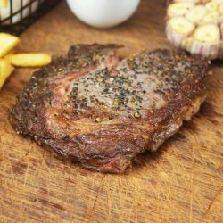 [The Clan Restaurant] It's midweek! Reward yourself with a hearty serving of our Angus Steaks! Only available during lunch.Lunch sets start