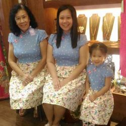 [Utopia] 3 generations in utopia 😍😍😍 not something we see everyday.  It had been a privilege to be able to dress them! #