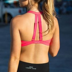 [Lorna Jane] Shop online or instore and spend US$300 to get a free Stand Out Sports Bra! Hurry and get in