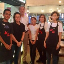 [CHICKEN UP] CHICKEN UP takes pleasure when customers visit and patronize our food offerings, but today was extra special, as Deputy Prime