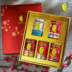 [New Moon] It's that time of the year to start preparing for the Lunar New Year.. time to stock up on