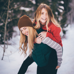 [Aeropostale] Best friend goals. Make sure to click this link (http://fal.cn/QfHM) to check out which 500+ stores have