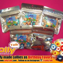 [Lolly Talk] LollyTalk's readily made lollies as Birthday favours, packed into mini ziplock with personalized sticky-labels. We also customize for