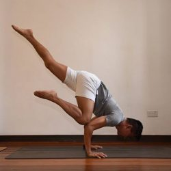 [Lululemon Athletica] Flow with Suffian 12th Feb | 08:30am - 09:30am | lululemon ION Register: https://flowwithsuffian.eventbrite.comPracticing for over a