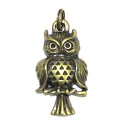 [Bloom Selection] Owl Zipper Holder Charm Brass - S$10Beautifully polished and intricate Owl zipper holder charm from made from Brass in