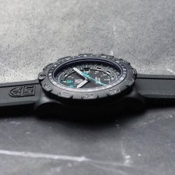 [Luminox] Luminox Recon Point Man 8823 KM, now available in Silicon strap. Find out more at the Gift of Timekeeping sale