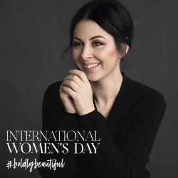[SEPHORA Singapore] Sephora International Women's Day x BoldlyBeautifulIn 2007, Zoe Boikou, the founder of ZOEVA, started her brand right out