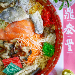 [Din Tai Fung] Counting down to the last few days to enjoy our Prosperity Smoked Salmon Yu Sheng before the end of CNY!