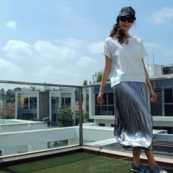 [Echo of Nature] Embrace the breeze as it sways through this flowy pleated metallic skirt!