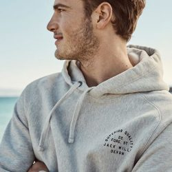[Jack Wills] A pop-over hoodie goes with everything - shop our Mid Season Sale & pick your favourite new colour now: http://wills.