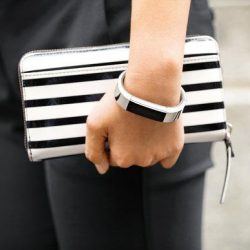 [Nübox] Get Fitbit Alta fitness band to help you reach your fitness goal!