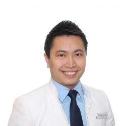 [Guardian] Guardian's very own pharmacist, Roman Lester Rosales, was featured as Pharmaceutical Society of Singapore's Shining Star for embodying