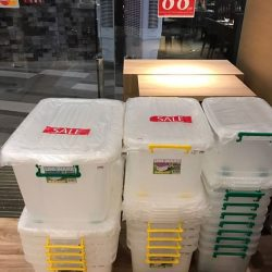 [Kitchen + Ware] Clearance sale on plastic storage boxes at Kitchen+Ware The Star Vista!