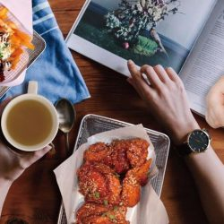 [CHICKEN UP] Preparing a delicious and healthy menu of some World Famous Korean Chicken dish doesn't have to be too complicated.