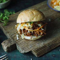 [Harvey Norman] Smoky Pulled Pork Burger made with a rice cooker?