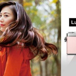 [Panasonic] The new LUMIX GF9 captures the beauty to the finest details like your hair swaying with the wind.