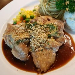 [Ma Maison Restaurant Singapore] Today's Daily Lunch at Ma Maison at Bugis Junction02-51 is Chicken Steak with Diable Brown Sauce Comes with