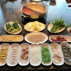 [Coca] Take a break this Labour Day, reward yourself by having hot-steamy steamboat buffet with your family!