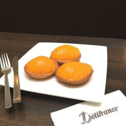 [Delifrance Singapore] Sweet steal for Peach Tart lovers - Get 3 Peach Tarts at $10.