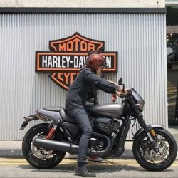 [Harley-Davidson] Come and testride our brand new Street Rod with our friendly salesman at the dealership.