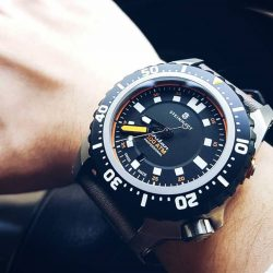[Gnomon Watches] weekendclosingceremony with the latest offering from Steinhart; the Triton 1000!