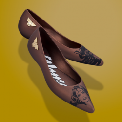 [Melissa] MelissaWonderWoman | Only for today, Club Melissa enjoys special perks on the latest Melissa + Wonder Woman collection!