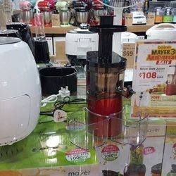 [MAYER] Get your mayer slow juicer (red) at only $108 and get a free mayer airfryer!