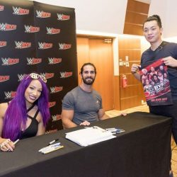 [StarHub] Check out the lucky StarHubRewards & Platinum Club customers who had the chance to get up close and personal with WWE