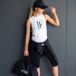 [Lorna Jane] Are you sporty but value style?