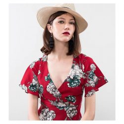 [OSMOSE Singapore] Red Alert | Indulge in a dress adorned with flowers, tailored silhouettes and free-flowing fabrics will take you dancing all