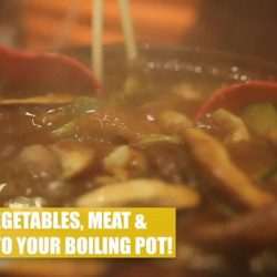 [NEX] The weather's getting a little chilly, which means it's the perfect time for hotpot at Chicken Hotpot (02-