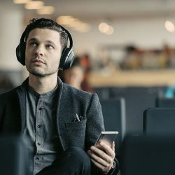 """[Vienna Music School / Vienna Piano Company] Awarded 5 Star and """"Best noise-cancelling headphones"""" by What Hi-Fi?"""