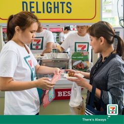 [7-Eleven Singapore] Join the party at Changi City Point, Singapore for FREE lunch and dinner on us!