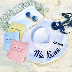 [Dave Fine Jewellery] What's in our beach totes: sunglasses, cute sandals, a chic sun hat and Skin Inc's Facial in a