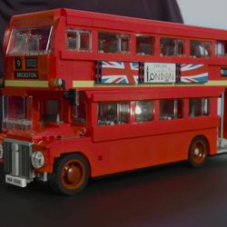 [The Brick Shop] London Bus - LEGO® Creator Expert - 10258Celebrate iconic design with this charming double-decker London Bus, featuring a wealth of