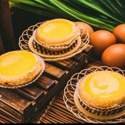 [8Tarts N Pastries] 5 FREE 2 7 to 13 Aug 2017 as we are celebrating our 52 National Birthday thus any purchase of
