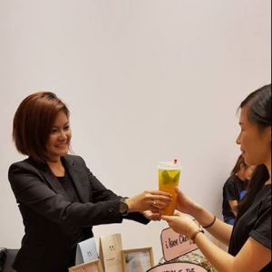 [Cheryl W Wellness & Weight Management] Join us today and tomorrow at the Klarra sale at Capitol Piazza and enjoy our refreshing wellness bubble teas at