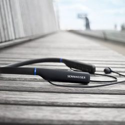 [Sennheiser] Wireless freedom that looks and sounds delightful.