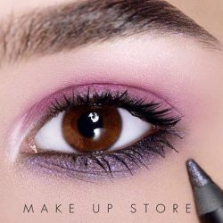 [MAKE UP STORE] Eye Pencil Electric Storm combines with Microshadow Life and the 12 Shades of Pink palette.
