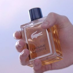 [Lacoste Outlet] The new bottle subtly echoes the iconic brand codes.