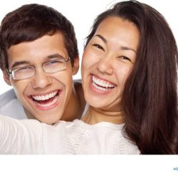 [HEALTHWAY DENTAL / MEDICAL CLINIC] Restore your pearly whites with a take-home teeth whitening kit - an easy, fuss-free way to keep your smile